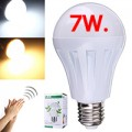 หลอดไฟ LED 7 Watt เปิด-ปิดด้วยเสียง มีระบบเซนเซอร์แสง ทำงานเมื่อมืดเท่านั้น