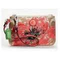 กระเป๋าคล้องมือรุ่นใหม่ COACH SIGNATURE FLOWER APPLIQUE WRISTLET 47196