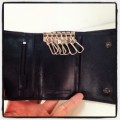 กระเป๋าพวงกุญแจหนังแท้สีดำมีช่องใส่แบงค์