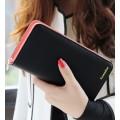 รหัส t965 กระเป๋าสตางค์แฟชั่นสีดำ ด้านในแต่งด้วย สีชมพู น่ารัก ทรงเรียบหรู ใบยาว