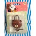แม่กุญแจ พร้อมลูกกุญแจ สำหรับติด กระเป๋า กระเป๋าเดินทาง ตู้ หรือ อื่น ๆ Sticker Line (Brown  Conny