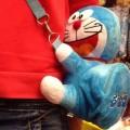 กระเป๋าสะพาย ตุ๊กตา เกาะข้างเอว ขนาดสูง 8 นิ้ว ลาย โดราเอม่อน Doraemon