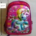 เป้ สะพายหลัง ม้าน้อย โพนี่ (My Little Pony) ขนาด 12x15.5x5 นิ้ว ตัวม้า เป็น 3 มิติ นูนออกมาค่ะ