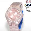 *สินค้าสั่งจอง* นาฬิกาข้อมือผู้หญิง Guess สีชมพู U11643L1