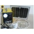 ระบบพลังงานแสงอาทิตย์แผงเซลล์แสงอาทิตย์พลังงานของระบบ 20w 7AH พอร์ต USB ชาร์จไฟ LED