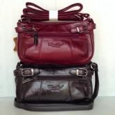 กระเป๋าสะพายยาวหนังแท้ผู้หญิงทรงก้นโค้งกลมสีแดงน้ำตาล