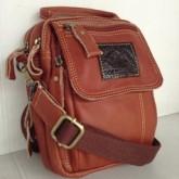 กระเป๋าสะพายหนังหนังแท้ใบกระทัดรัดฝาหน้าสั้นซิป 3 ชั้นสีแทน