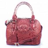 กระเป๋าสะพายหนังจระเข้แท้ สีแดงเข้ม