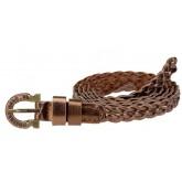 เข็มขัดหนังสีเงิน Lacery Tuffle Leather Belt โดยแบรนด์ Belt it โดดเด่นด้วยหนังสานและพู่ห้อย
