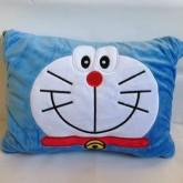 หมอนผ้าห่ม โดเรม่อน (Doraemon) ใช้เป็นหมอนหนุน หมอนอิง หรือผ้าห่มได้ เหมาะสำหรับพกพา ด้านในเป็นผ้าสำ