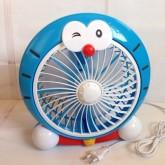 พัดลม ตั้งโต๊ะ พื้น ขนาดสูง 10 นิ้ว ใช้ปลั๊กไฟบ้าน ลาย โดเรม่อน Doraemon