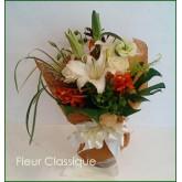 ช่อดอกไม้ขาวส้ม (bouquet)
