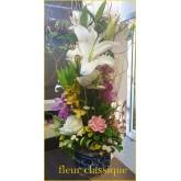 แจกัน กับ ดอกไม้ vase flower