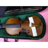 violin รุ่น semi-professional รูปลักษณ์สวยงามมาก เสียงดีจริง ๆ พร้อมอุปกรณ์นำเข้าครบ