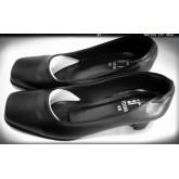 รองเท้าคัชชูหัวตัด ส้น 1 นิ้วหนาใหญ่ หนังด้าน สีดำ
