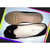 รองเท้าคัชชู สีดำ กำมะหยี่ ผู้หญิง ส้นเตารีดยาง มีลายโบว์