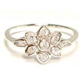แหวนผู้หญิงหุ้มทองคำขาวแท้ฝังเพชร CZ หน้าแหวนลายดอกไม้ 6 แฉก