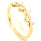 แหวนผู้หญิงหุ้มทองคำแท้ฝังเพชร CZ ตามลายคลื่นหน้าแหวน