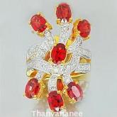แหวนทับทิมแท้ 4.695 กะรัต พร้อมเพชรแท้เบลเยียม0.58 กะรัต  ตัวเรือนทองแท้ 90