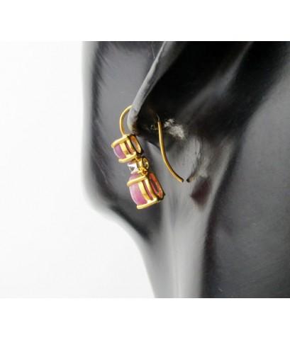 ต่างหู ทับทิม กิมบ่เซี่ยง หลังเบี้ย คั่นเพชร 2 เม็ด 0.10 กะรัต ทอง90 งานเก่า หลุดจำนำ นน. 3.72 g