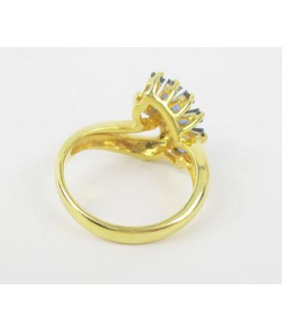 แหวน ไพลิน แทปเปอร์ ฝังเพชรเกสร 3 เม็ด 0.03 กะรัต ทอง90 งานเก่า สวยมาก นน. 4.90 g