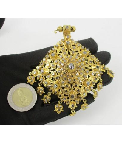 จี้ อุบะ เพชรซีก + เข็มกลัด 9 ยอด ฉลุลาย ตุ้งติ้ง ทอง90 แบบงานโบราณ สวยมาก นน. 47.67 g