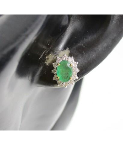 ต่างหู มรกต เจียร ล้อมเพชร 24 เม็ด 0.28 กะรัต ทอง90 งานเก่า หลุดจำนำ สวยมาก นน. 3.42 g