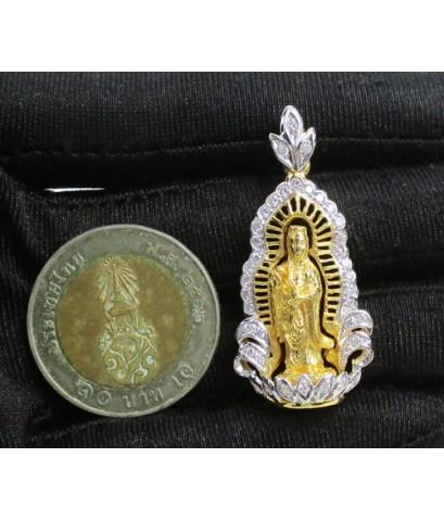 เจ้าแม่กวนอิม เนื้อทองคำ กรอบทอง ฉลุลาย ฝังเพชร 39 เม็ด 0.50 กะรัต นน. 12.68 g