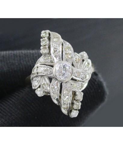 รหัสสินค้า: 50712 แหวน เพชรโบราณ ทรงมาคีย์ 0.20 ct ฝังเพชรกุหลาบ 32/0.40 ct ทองK 2 สี นน. 3.86 g
