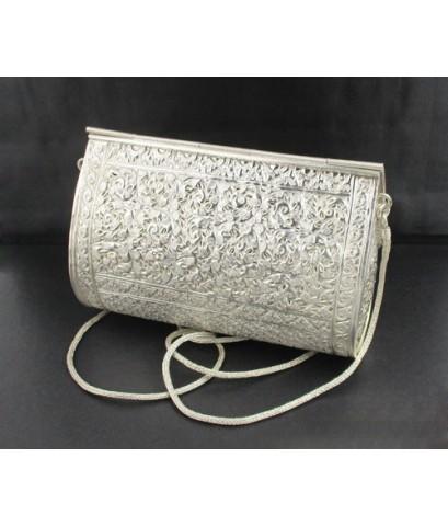 กระเป๋า เงิน925 งานตอก ดุนลาย ดอกไม้ แบบสะพายข้าง งานขึ้นมือ ละเอียด สวยมาก นน. 378.80 g