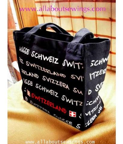 กระเป๋าผ้าแคนวาสสกรีนลาย สีดำ
