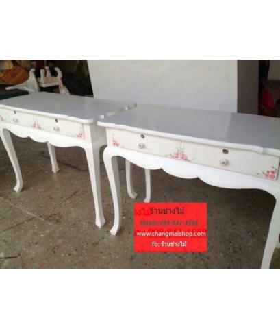 โต๊ะทำงานสีขาวเพ้นท์ลาย โต๊ะเพ้นท์เล็บสีขาว