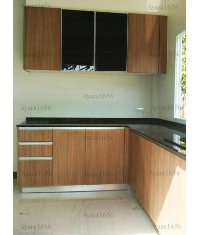 ชุดครัว Built-in ตู้ล่าง โครงซีเมนต์บอร์ด หน้าบาน Laminate สี Cherry Afromosia ลายไม้แนวตั้ง