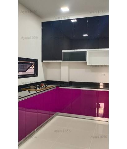ชุดครัว Built-in ตู้ล่าง โครงซีเมนต์บอร์ด หน้าบาน Hi Gloss สีม่วง + ดำ