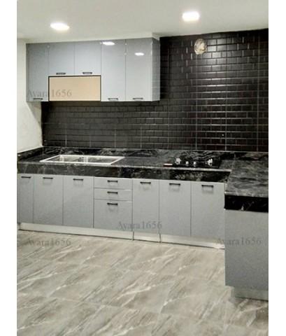 ชุดครัว Built-in ตู้ล่าง โครงซีเมนต์บอร์ด หน้าบาน Hi Gloss สีเทาเงา