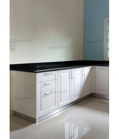 ชุดครัว Built-in ตู้ล่าง โครงปาติเกิล หน้าบาน PVC สีขาวเงา