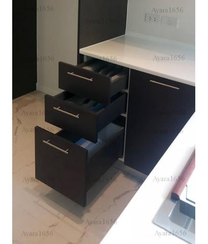ชุดครัว Built-in ตู้ล่าง โครงซีเมนต์บอร์ด หน้าบาน Melamine สี Graphite + สีขาวด้าน