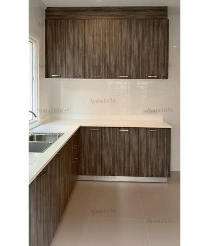 ชุดครัว Built-in โครงซีเมนต์บอร์ด หน้าบาน Laminate สี Blackened Fiberwood - ม.ศุภาลัยการ์เด้น วิลล์