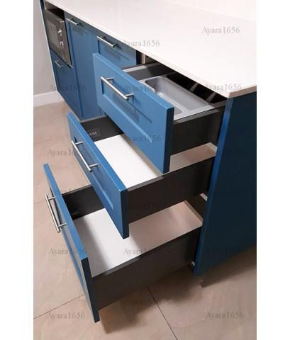 ชุดครัว Built-in ตู้ล่าง โครงปาติเกิล หน้าบาน PVC สีน้ำเงิน เซาะร่อง Stack