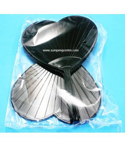พัดสีดำ รูปหัวใจ