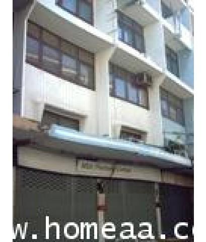 อาคารพาณิชย์ 4 ชั้น (2คูหาทะลุ) ซ.พัฒนาการ1 เนื้อที่ 34 ตร.วา สภาพพร้อมอยู่