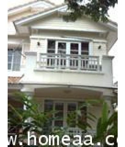บ้านเดี่ยว 2 ชั้น หมู่บ้านมัณฑนา  ประชาอุทิศ129 เนื้อที่ 70.1 ตร.วา สภาพพร้อมอยู่