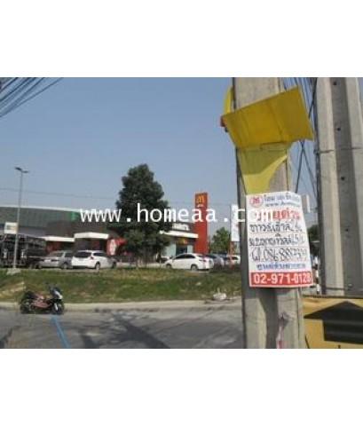 ทาวน์เฮ้าส์ 2ชั้น (หลังบ้านไม่ติดใคร) ม.พฤกษาวิลล์65/1 ถ.ศรีสมาน เนื้อที่ 17 ตร.วา บ้านใหม่ นนทบุรี