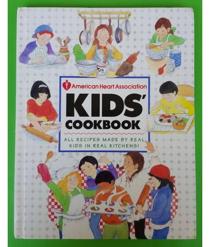 KIDS\' COOKBOOK