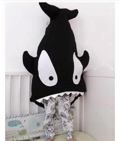 ถุงนอนปลาฉลาม ถุงนอนเด็กรูปปลา สีดำ