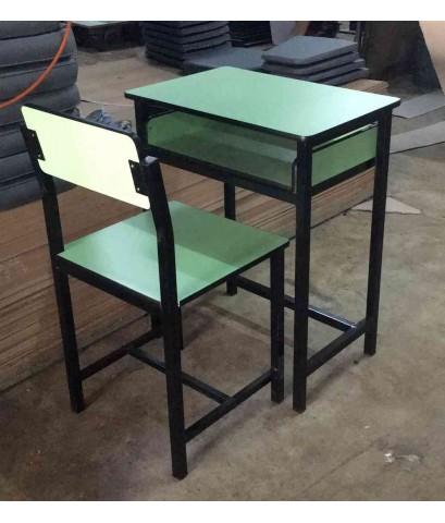โต๊ะเก้าอี้นักเรียน A4 หน้าโฟเมก้าสี kkw1-53