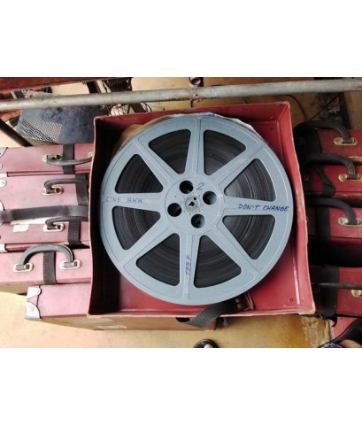 ฟิล์มหนัง 16 mm รีล 14 นิ้ว พร้อมกล่องใส่ฟิล์ม