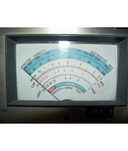 เครื่องวัดค่า Capacitor U.S.A. รุ่นหลอด Vintage