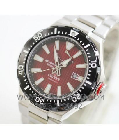 Orient M-Force Professional Diver\'s 200 m Automatic SEL07002H0