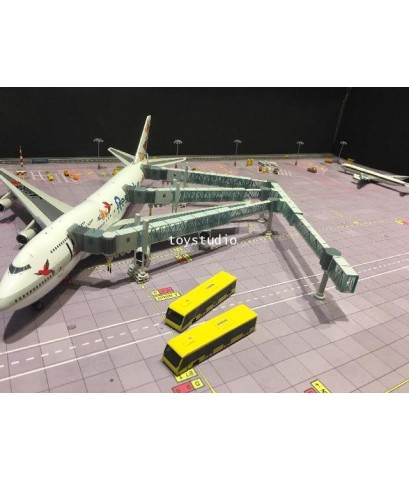 HERPA WINGS 1:200 Airport Bus Set-set of2 HW558631